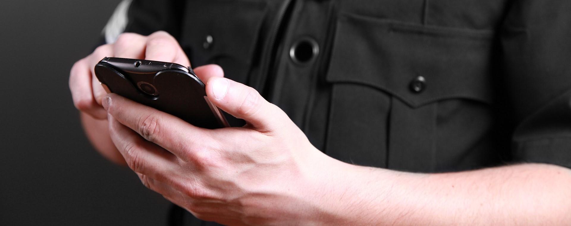 Servicios de vigilantes de seguridad para el hogar o la empresa
